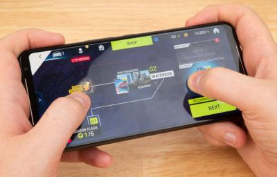 Layar Game Asus ROG Phone 2