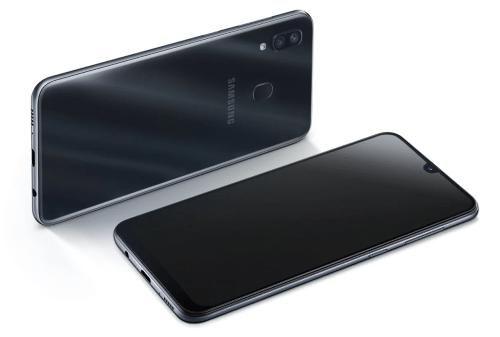 Layar dan Body Samsung Galaxy A30